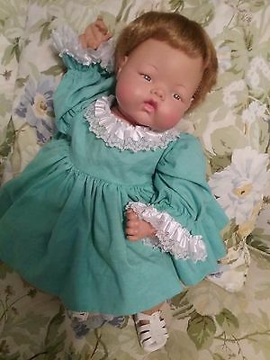 """Ideal Thumbelina Doll 21"""" Vintage -1960s-Working Knob & Working Crier"""