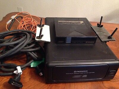 Pioneer CDX-M30 6-disc Cd Changer With Data Cable For  / 90's + BMW