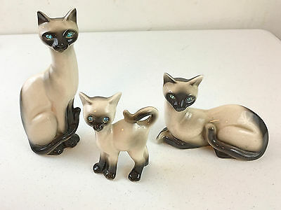1950's or 1960's Vintage or Retro Set of 3 Siamese Cats