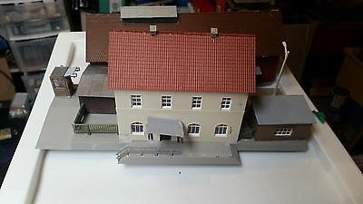 OO HO Gauge Piko station Building