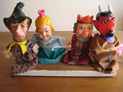 4 Vintage Hand Puppets Punch And Judy Characters  King, Queen , Wizard & Devil