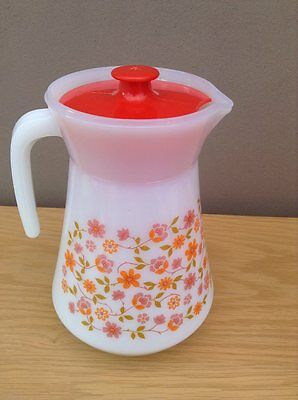 vintage/ retro pyrex jug with lid arcopal france scania pattern