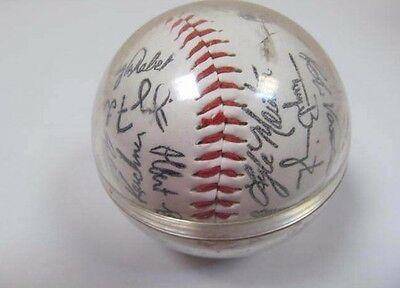 Signed  Baseball Chicago White Sox Team 32 Autographs Including Frank Thomas