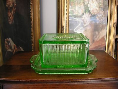 "Green Depression Floral Poinsettia COVERED REFRIGERATOR DISH & 6"" Square Tray"
