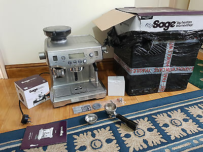 Sage by Heston Blumenthal the Oracle Coffee Machine and Grinder, 2.5 L, 2400 W -