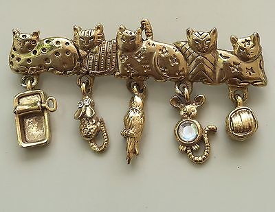 Adorable Vintage Signed AJC  With 5 Cats With Dangle Treats Brooch In Metal.