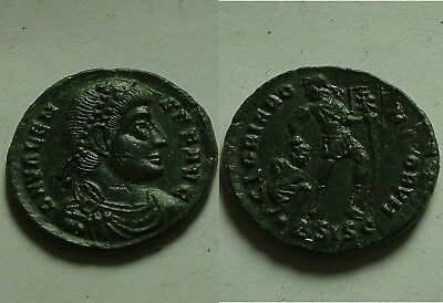 RARE Genuine ancient Roman coin Valens 365AD/Chi-rho XP labarum captive Siscia