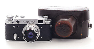 VINTAGE FED 2 Camera  with a 50mm f2.8 lens (1037)