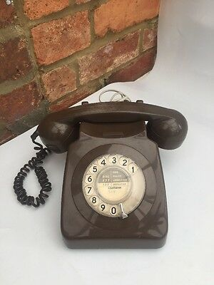 Old Vintage retro GPO Telephone BT Rotary Dial Phone Brown Model 8746G