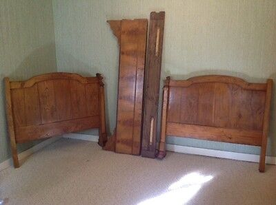 Antique French side bed / wall bed / 'lit de coin' bed frame