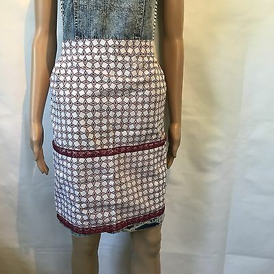 Vintage Apron Retro Hostess Ladies Homemaker One Size Pleated Lace Front Pockets