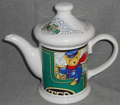 Wade Ceramic LOCOMOTIVE JOE 16 oz Teapot JUDITH WOOTEN Made in England