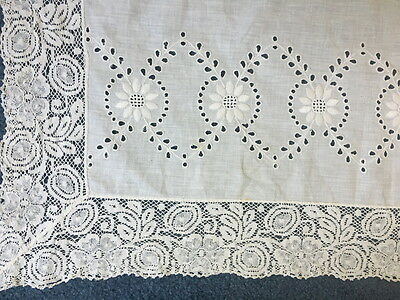 VINTAGE SOLID WHITE 39 in SQ TEA TABLECLOTH 3.5 LACE EMBROIDERY CUT OUTS COTTON