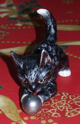 Goebel Old Cat in Special Color black-white with Silver Ball TMK 2 Extrem RARE
