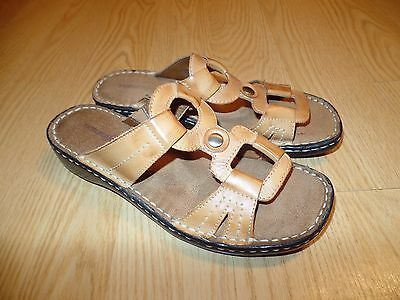 bc8775e52dfe3 Women s NaturalSoul by Naturalizer Brown Leather Sandals US 8.5M Sz! Nice  shape!
