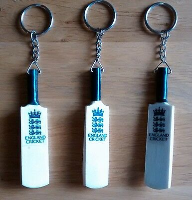 "New Hand Carved England Wooden ""Mega Profile"" Cricket Bat Keyring,Only £3.75p !"