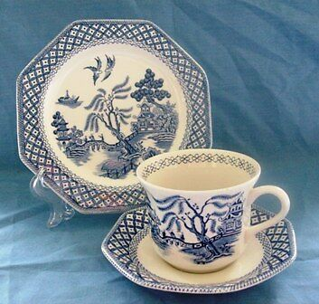 Vintage 1970s Tea Set China Blue and White Willow Pattern J and G Meakin