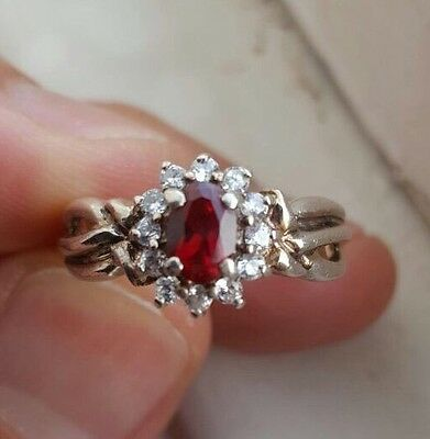 925 Hallmarked Sterling Silver And Garnet Vintage Ring Size P 1/2 Red Ruby Look