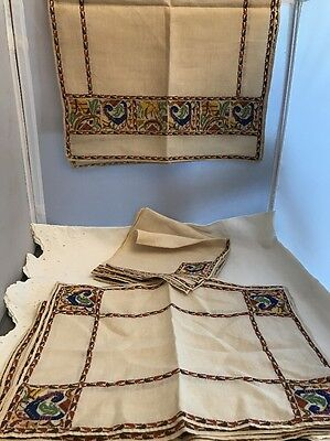 8 Vintage Linen Napkins & Placemats & Runner Hand Embroidered Bird Peacock