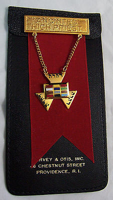 Vintage Masonic Anointed High Priest Pin Brooch Hanging Medal Mason Excellent