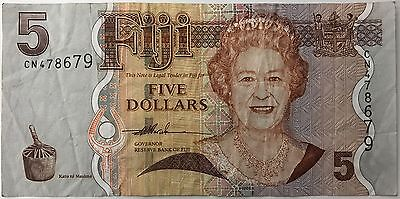 5 Dollar Banknote - Fiji - Pacific - Circa 2012 - Queen Elizabeth Head. (1139)