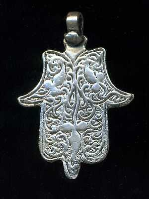Morocco -  Silver Hand of Fatima –  Flowers - Foliage - Luxuriant vegetal decora