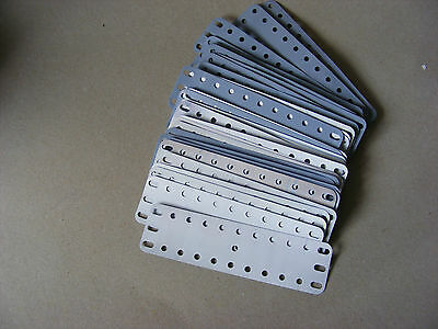 Meccano flexible plates 11 x 3, p/n 189, prepared for painting.