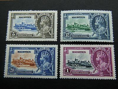 1935 KGV Silver Jubilee stamps MAURITIUS LMM  MINT SET Catalogued £39.00