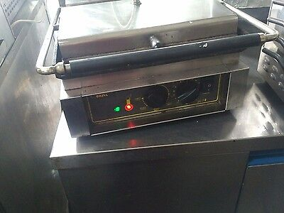Roller grill ,contact grill flat base grill
