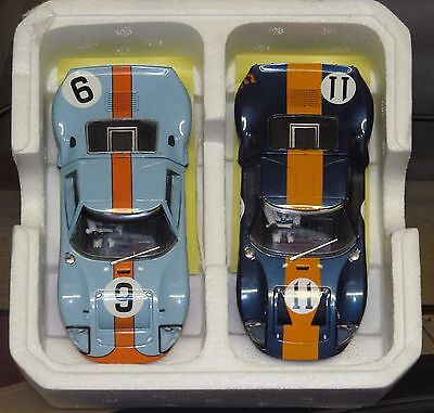 2x Scalextric Ford GT40