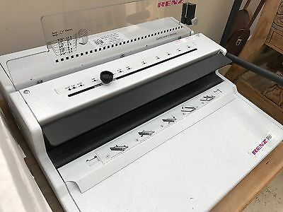 Renz RW 3.1 wire binder - plus selection of binders - excellent condition