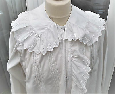 Vintage Cotton/broderie Anglais Nightgown