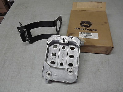 John Deere OEM Fuel Filter Base Housing AR50040 with Stanadyne Clamp New NOS