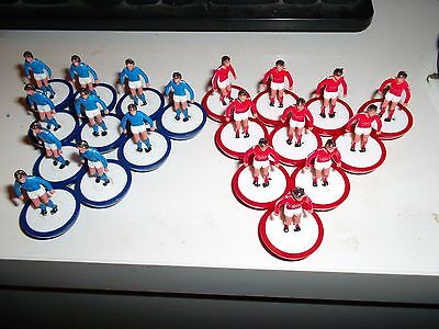 Subbuteo L/w Teams, 10 Red And 10 Blue Players In Very  Good Condition