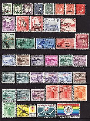 A Selection of Pakistan Stamps (M16-166)
