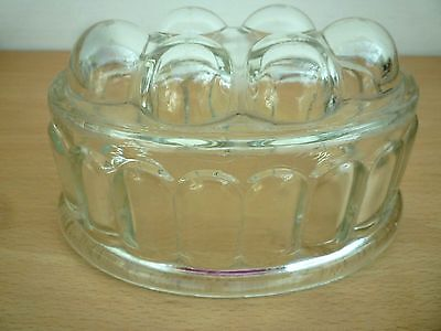 Vintage/retro Glass Jelly Mould - 1/2  Pint