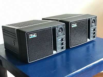 (2) / Pair –Anchor Audio An-1000x Powered 2-way Portable Speaker Monitor