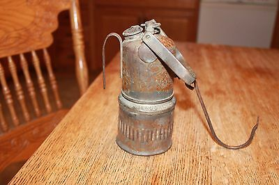 DEW-R-LITE DEWAR MFG CO Brooklyn, NY USA W.VA. Coal Miner's Carry Carbide Lamp