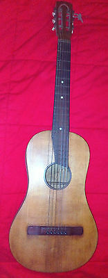 Chitarra antica. Ancient Guitar. Stradivarius model.