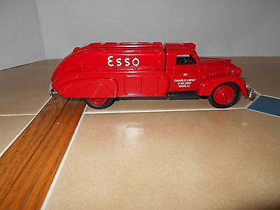 Esso diecast 1939 Dodge Airflow tanker,NEW OLD STOCK,stock # B285