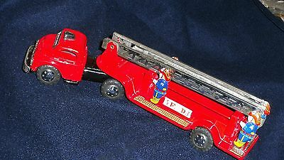 Haji VINTAGE 1953 TIN FIRE TRUCK HOOK & LADDER TRAILER FRICTION Bandai type toy