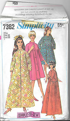 Vintage Simplicity Pattern 7362 Misses' Robe in Two Lengths