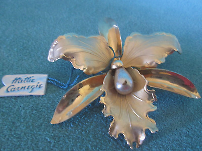 Vintage Hattie Carnegie Gold Tone & Simulated Pearl - Flower Brooch with Tag