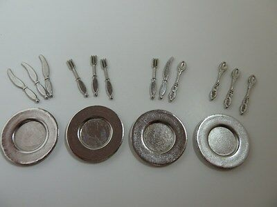 Dolls House Miniature 1:12th Scale Kitchen Accessory Metal Plates & Cutlery D008