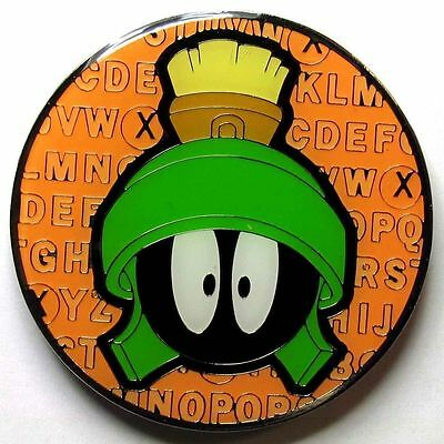 MARVIN the MARTIAN HEAD 2 inch round MAGNET alphabet LOONEY TUNES WB NEW 8136