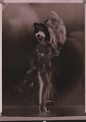 vintage 5 x 7 photo negative sexy burlesque pinup strip tease girl feathers 1945