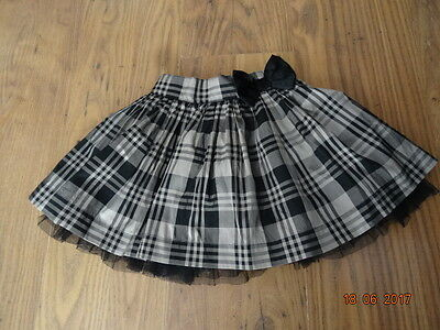 GIRLS BLACK AND BEIGE CHECK PARTY SKIRT LACE HEM age 18 - 24 months IN VGC