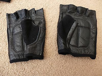 Cycle / Gym Gloves, Black, Halfords, Part Leather, Size M