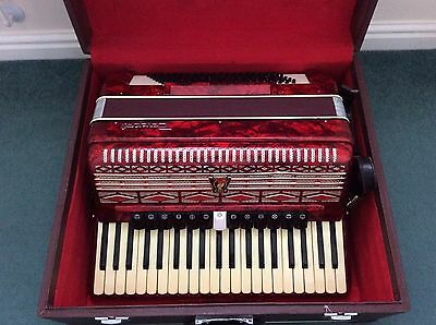 Parrot Piano Accordion 120 Bass With Case