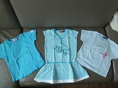 robe et 2 t-shirt taille 92